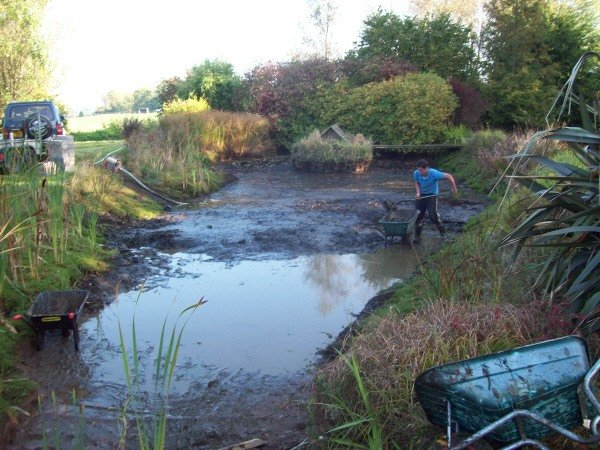 Wessex Aquascapes Pond Cleaning